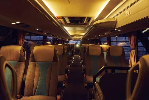 Cast bus